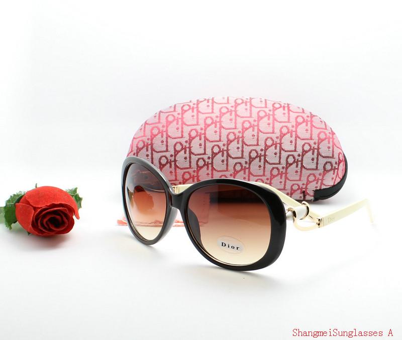 lunettes de soleil Dior nouvelle collection 6ae515fea467